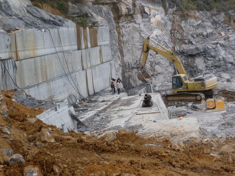 矿山开采的安全条件